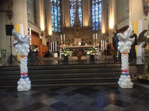 pilaar duiven kerk kopie
